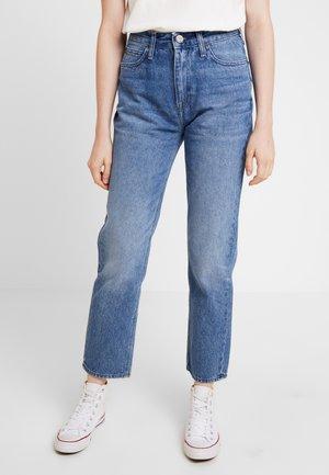 CAROL - Straight leg jeans - light stone