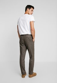 Tommy Hilfiger Tailored - Tygbyxor - brown - 2