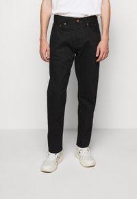 Han Kjøbenhavn - Relaxed fit jeans - black - 4