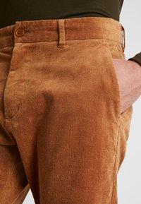 Minimum - MODEL TWO - Pantalon classique - tobacco brown - 5