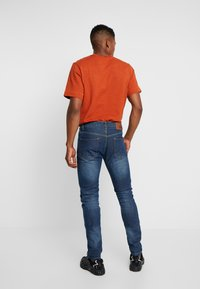 Bellfield - Jeans Tapered Fit - stone wash - 2