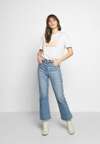 Moss Copenhagen - LIV - T-shirts print - egret - 1