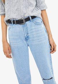 Bershka - Relaxed fit jeans - blue denim - 3