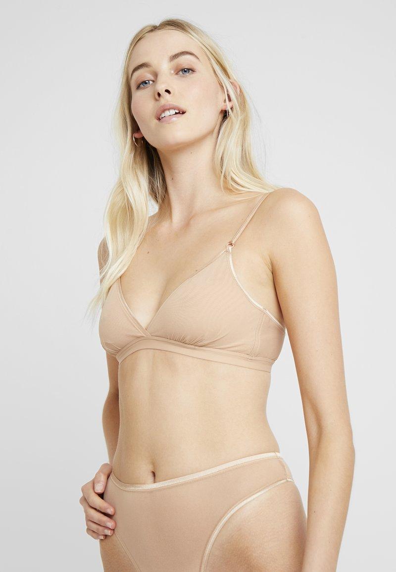 Cosabella - SOIRE CONFIDENCE BRALETTE - Triangle bra - nude