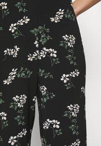 Vero Moda - VMSAGA CULOTTE PANT - Bukse - black - 4