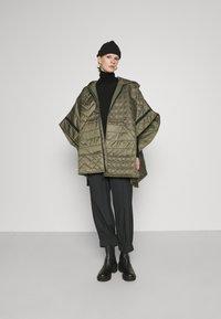 TWINSET - MANTELLA IMBOTTITA MIX TRAPUNTE - Winter coat - verde alpino - 1