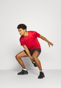 Nike Performance - SHORT - Sportovní kraťasy - black/iron grey - 1