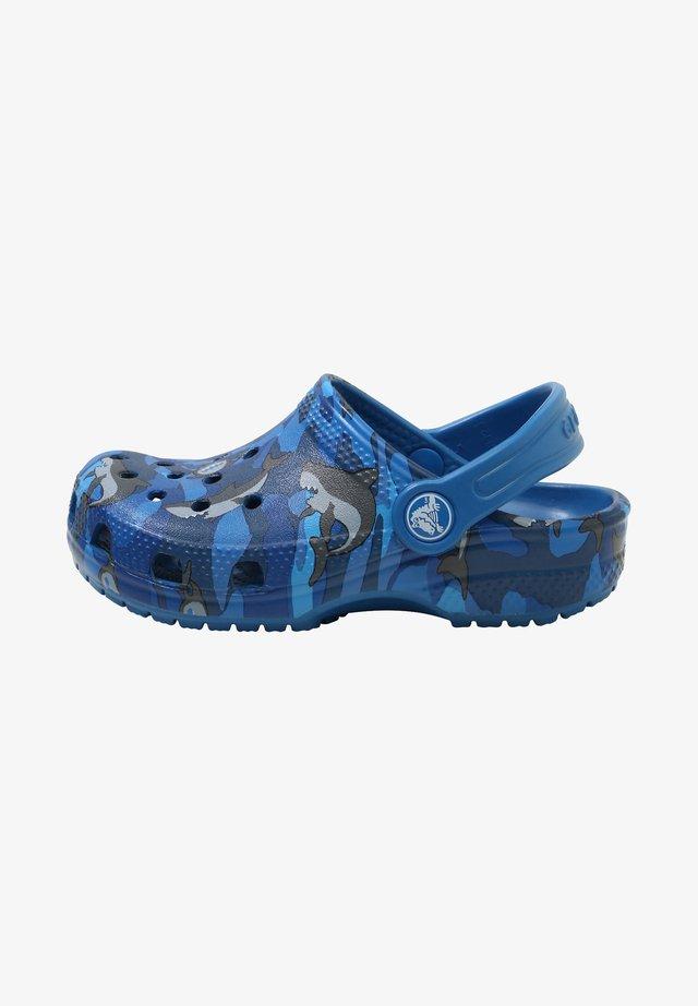 CLASSIC SHARK CLOG CHILDREN  - Drewniaki i Chodaki - prep blue