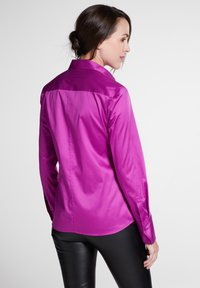 Eterna - MODERN CLASSIC - Button-down blouse - fuchsia - 1