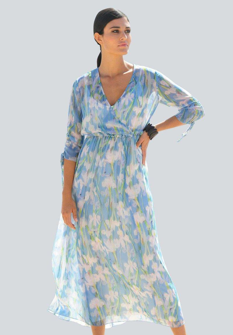 Alba Moda - Maxi dress - blau/off-white