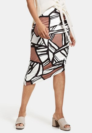 MIT ASYMMETRISCHEM SAUM - Pencil skirt - offwhite gemustert