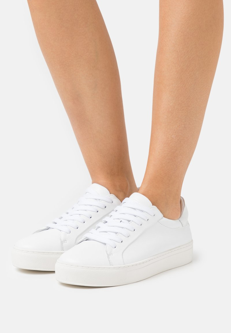 Selected Femme - SLFDONNA NEW TRAINER  - Trainers - white
