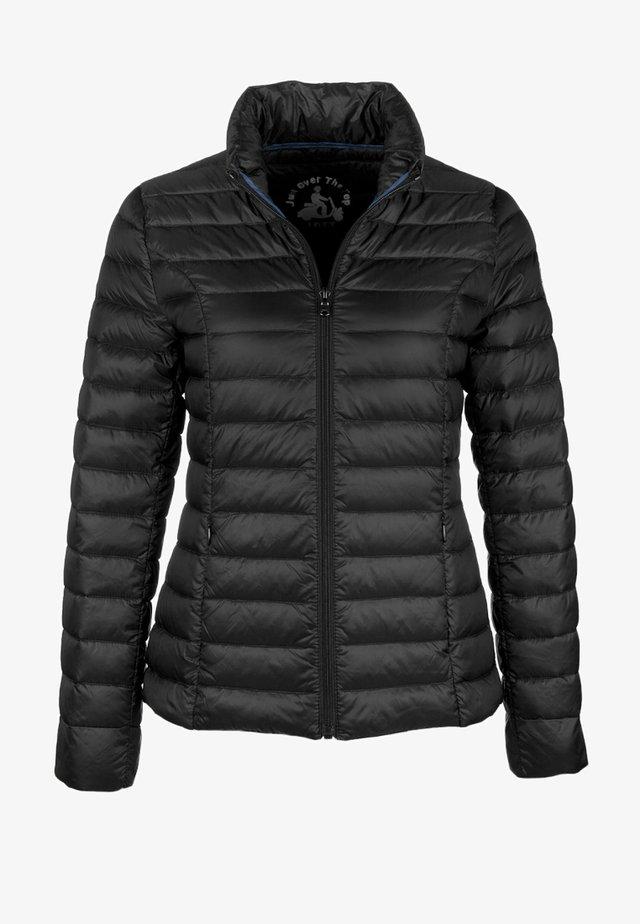 CHA - Gewatteerde jas - black