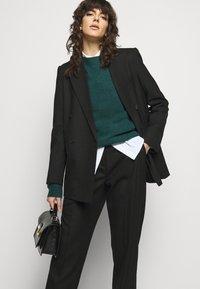 Bruuns Bazaar - HOLLY JOHANNE  - Svetr - teal green - 4