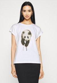 Dedicated - VISBY PAINTED PANDA  - Triko spotiskem - white - 0