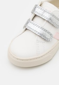Veja - SMALL ESPLAR - Sneakers laag - extra white/petale/silver - 5