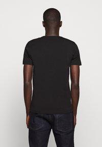 Iceberg - T-shirt con stampa - black - 2
