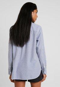 Levi's® - THE ULTIMATE - Button-down blouse - fondulac sodalite blue - 2