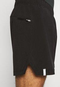 Casall - TRAINING - Pantaloncini sportivi - black - 5