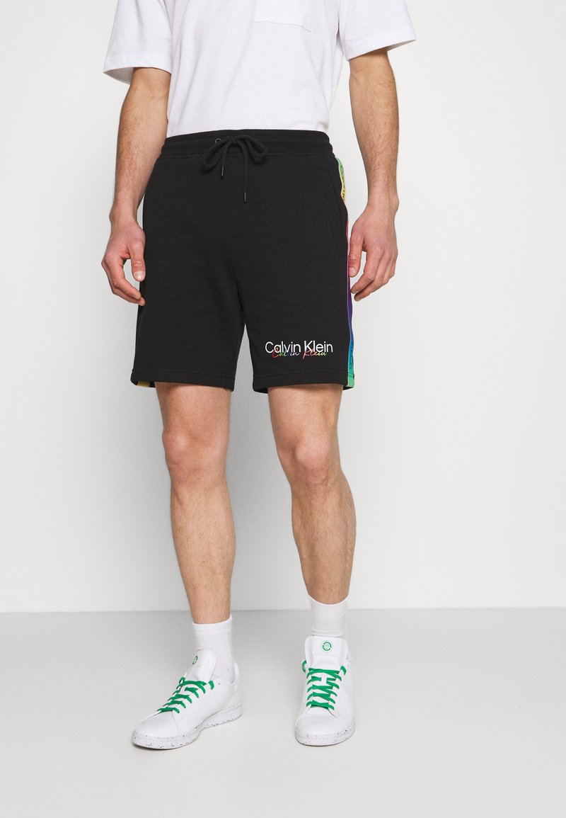Calvin Klein - PRIDE UNISEX - Short - black