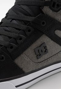DC Shoes - PURE TOP SE - Zapatillas skate - black
