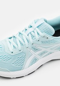 ASICS - GEL CONTEND 7 - Neutral running shoes - aqua/white - 5