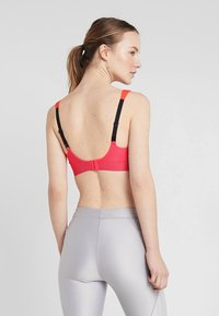 triaction by Triumph - HYBRID LITE  - Sports bra - pink lemonade - 2