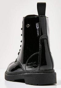 British Knights - SNEAKER BLAKE - Korte laarzen - black shiny - 3