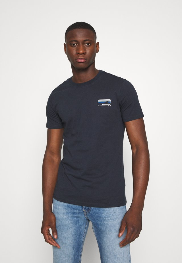 ALDER KNOWLEDE TEE - T-shirt basique - dark blue