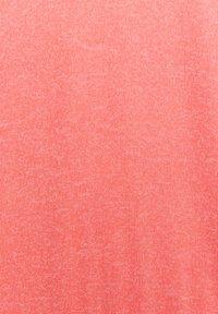 TOM TAILOR - BATWING - Stickad tröja - strong peach melange - 5