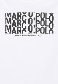 Marc O'Polo - SHORT SLEEVE PRINT - Print T-shirt - white - 6