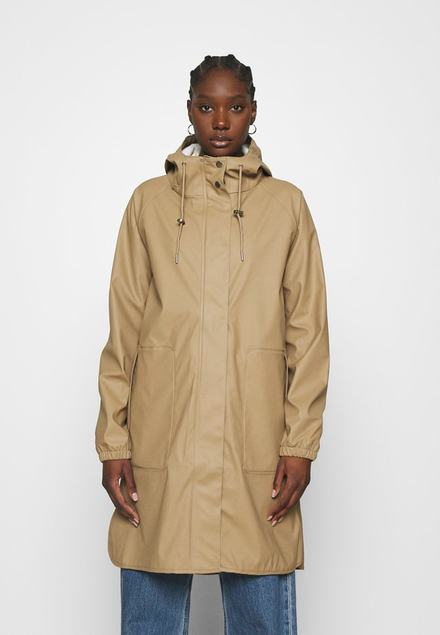 LAURYN JACKET - Impermeable - canyon clay