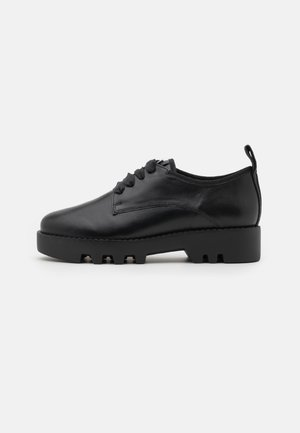 DADDY COOL - Lace-ups - schwarz