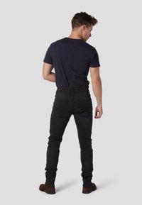 Gnious - SKINNY - Jeans Skinny Fit - magic black - 2