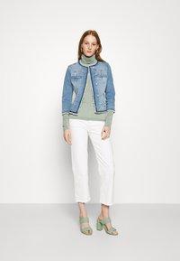 Liu Jo Jeans - GIACCA KATE - Jeansjakke - light blue denim - 1