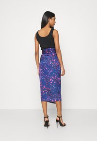 Never Fully Dressed - SPLICE FLORAL WRAP JASPRE - Pencil skirt - multi - 2