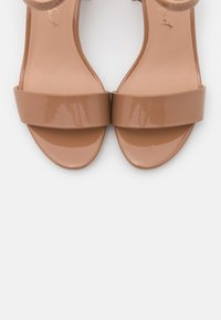 New Look - FLARE MID HEEL - Sandals - camel - 5
