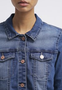 Noisy May - NMDEBRA  - Denim jacket - medium blue denim - 4