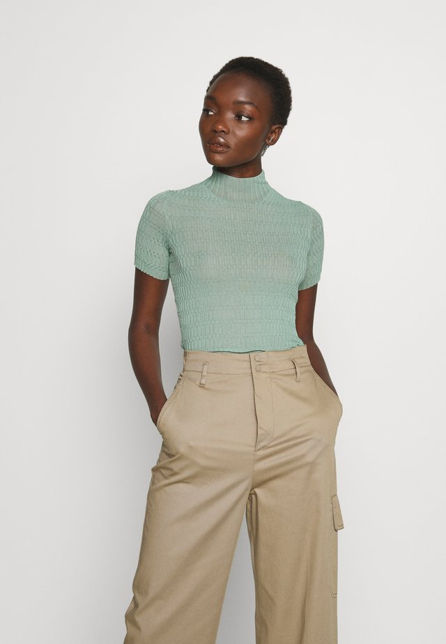 KNIT TOP - Jednoduché triko - dusty green