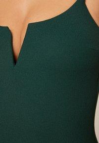OYSHO - Costume da bagno - evergreen - 3