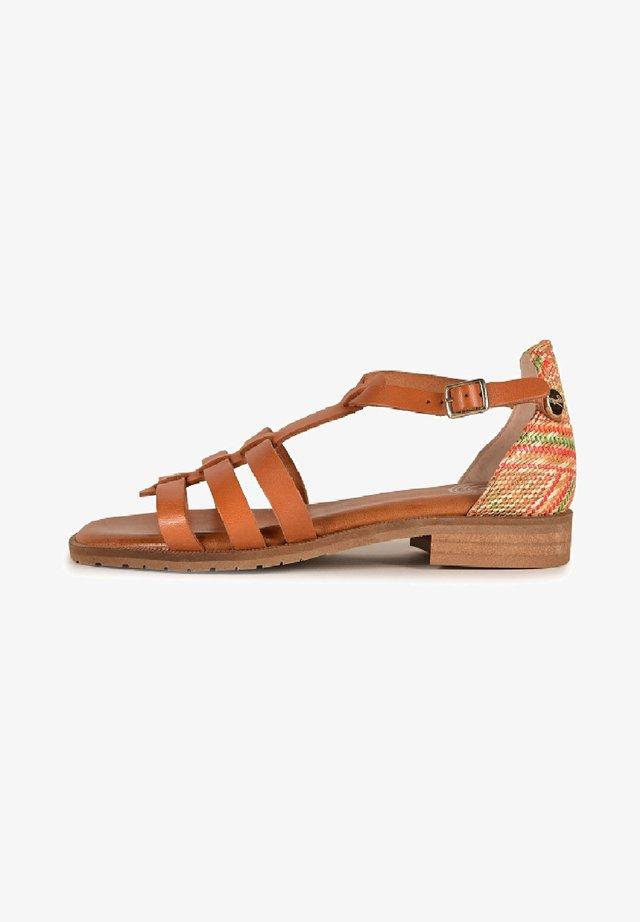 ARIANE F2F - Sandals - camel