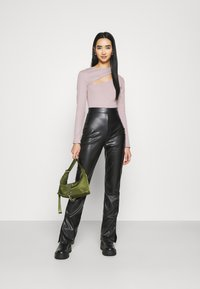 Nly by Nelly - CUT OUT - Long sleeved top - mauve - 1