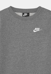 Nike Sportswear - CREW CLUB - Sweatshirt - carbon heather/white - 2