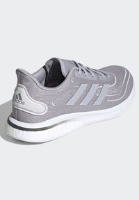 adidas Performance - SUPERNOVA SHOES - Neutral running shoes - grey - 5