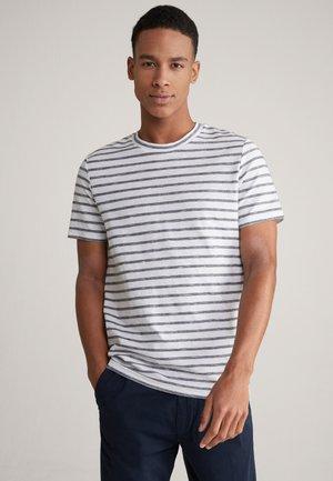 CARMELO - Print T-shirt - weiß/navy gestreift