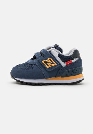 IV574SY2 - Trainers - navy