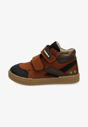 BUNNIES JR ERIC EERLIJK - Sneakers hoog - bruin