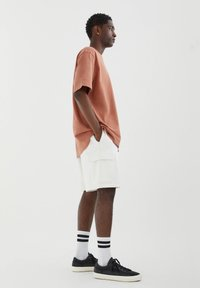 PULL&BEAR - Shorts - mottled beige - 3