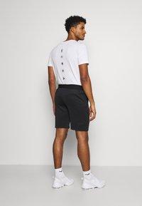 Ellesse - KEAN - Sports shorts - black - 2