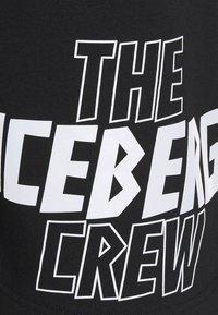Iceberg - BERMUDA THE CREW - Kraťasy - nero - 8
